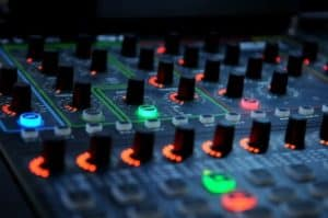 dj-mixer-music-audio-equipment-sound-knobs